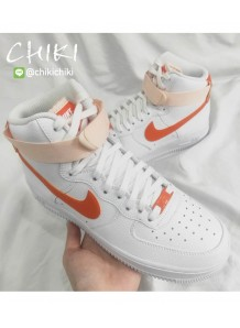 NIKE AIR FORCE 1 高筒 橘勾